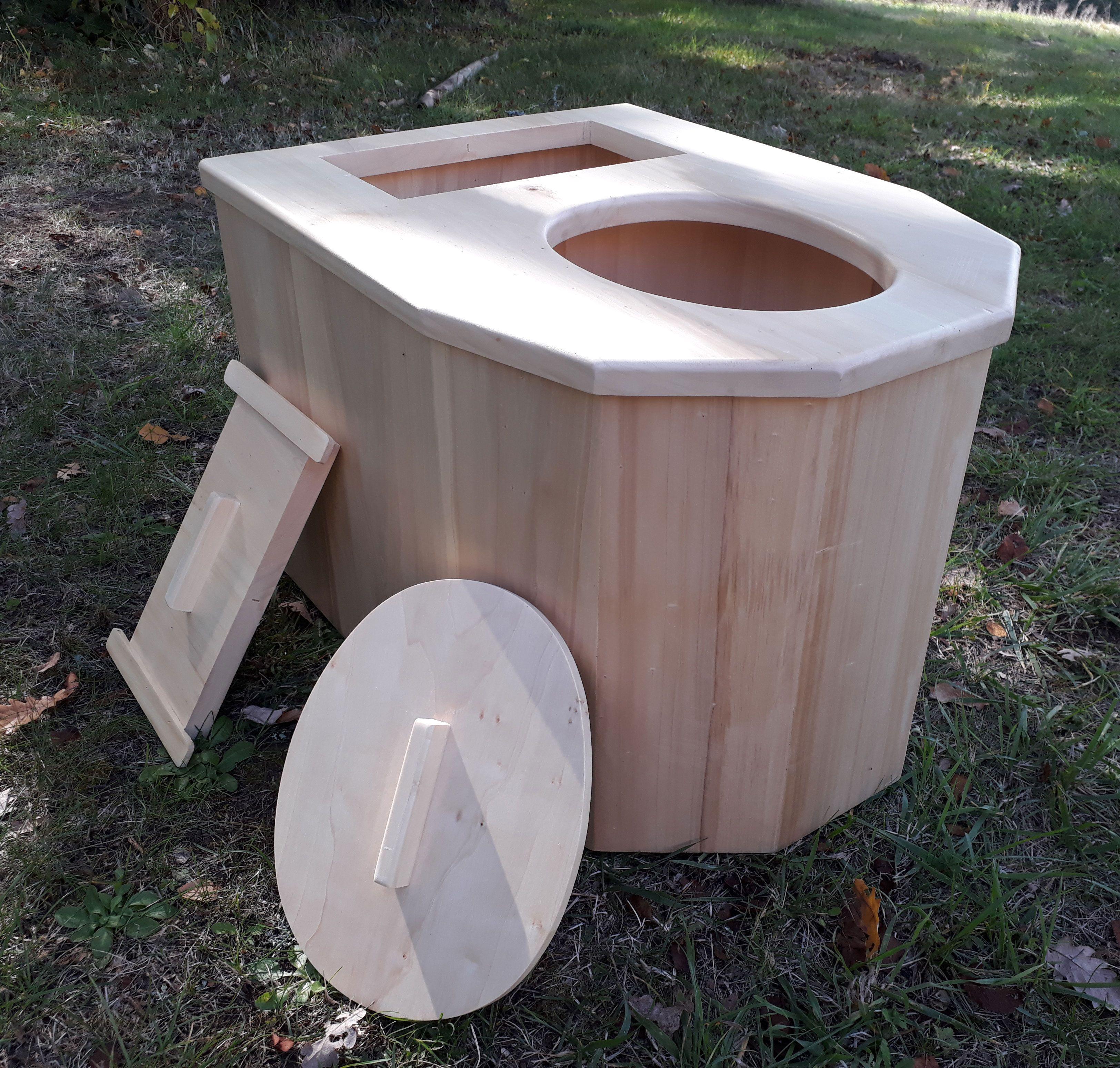 Elegant Toilette Sèche Du0027intérieur Maison, En Peuplier, Fabrication Artisanal En  France.