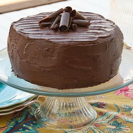 Perfect Chocolate Cake via Real Mom Kitchen