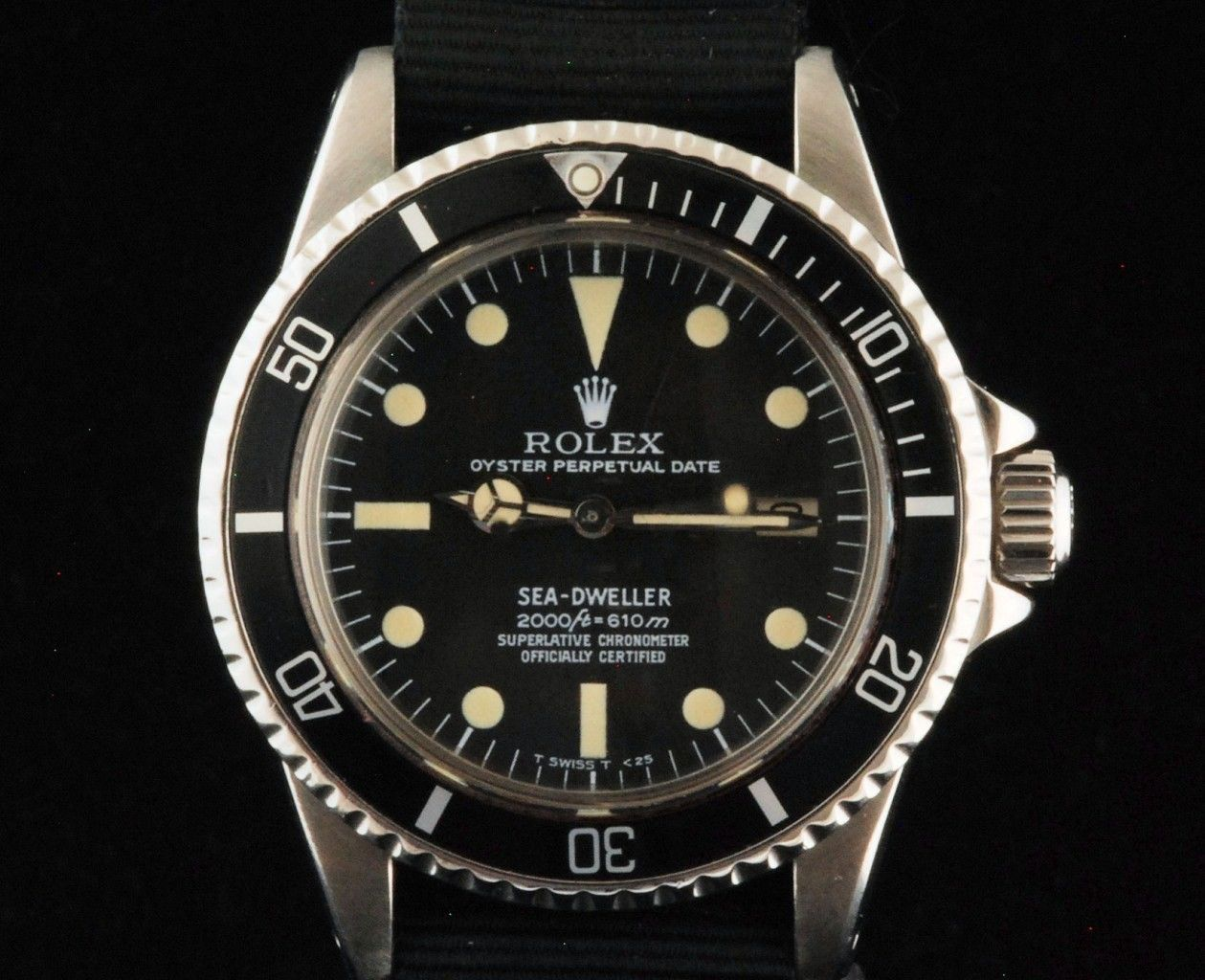 Men's Rolex Sea-Dweller Rail Dial  Ref# 1665 Circa 1978 40MM