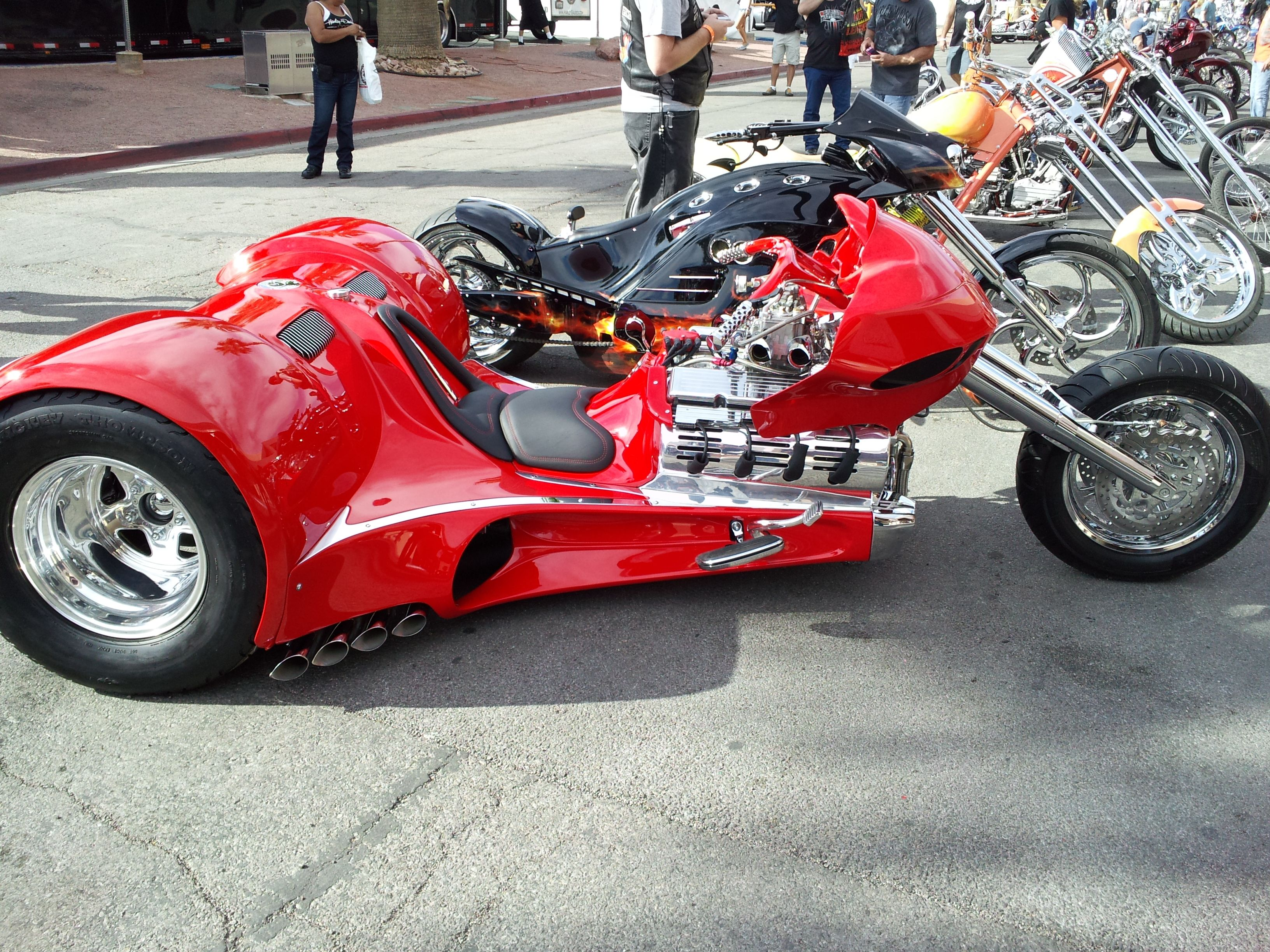 Awesome trike   Trikes   Pinterest   Triciclos