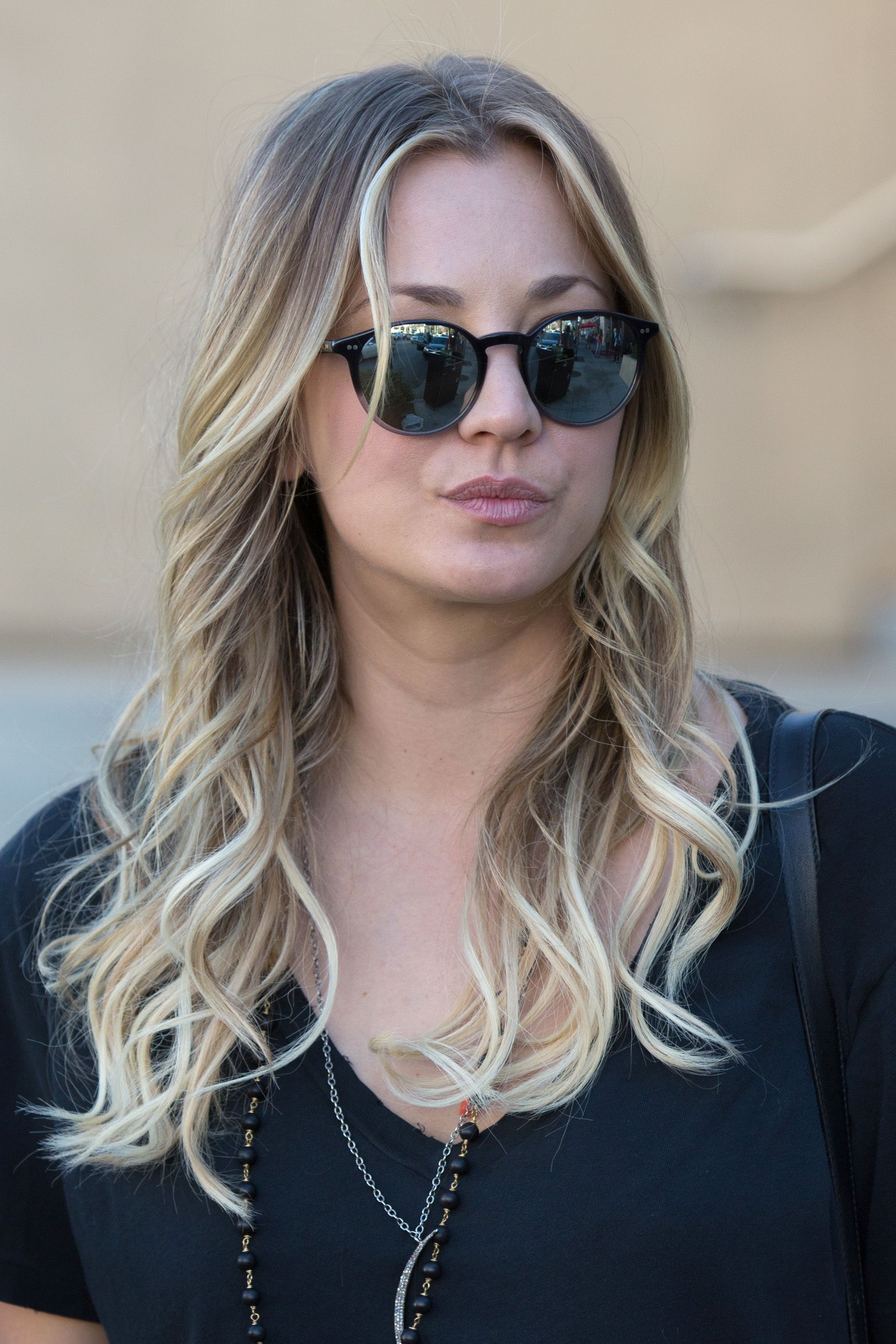 Kaley Cuoco In Beverly Hills 13112013 If I Wanted To Kill My