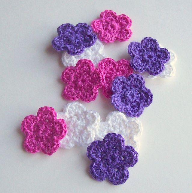 Five Petal Flower Pattern By Michele Webb Flower Patterns Ravelry