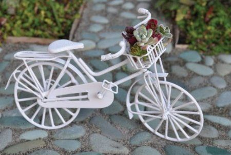 Miniature Dollhouse FAIRY GARDEN Furniture ~ White Wire Bicycle ~ NEW