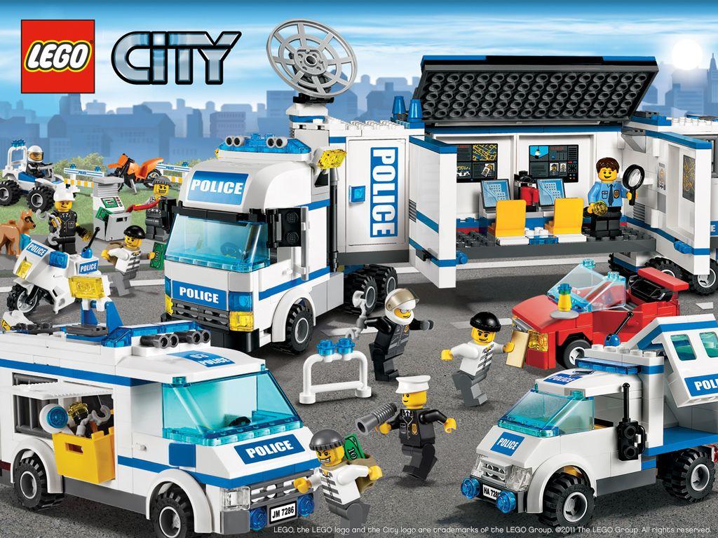 Wallpaper Lego City Police 2011 Doublebrick Wallsistah Com Lego City Birthday Lego City Lego City Police