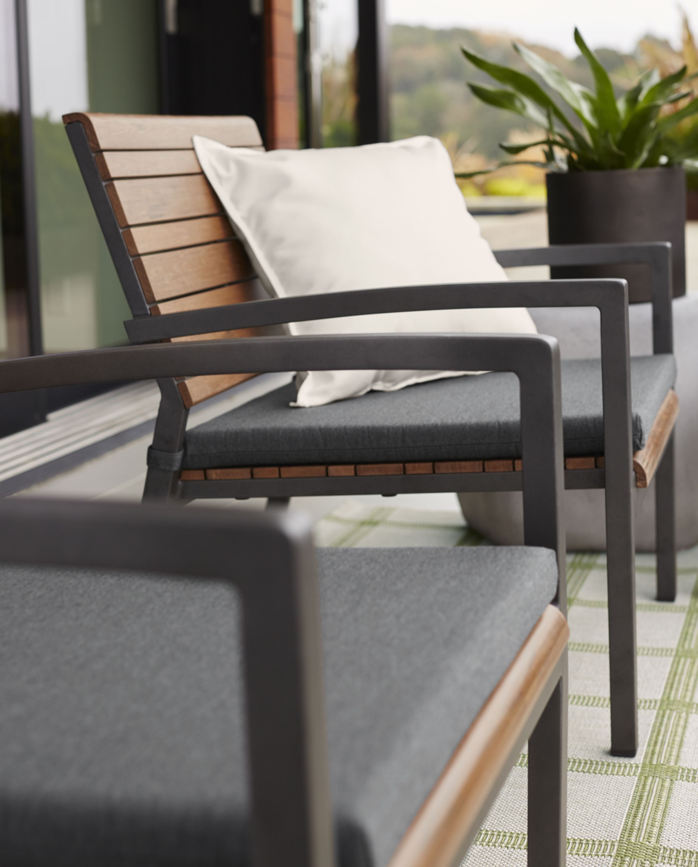 Outdoor Furniture Collections Rocha Lounge