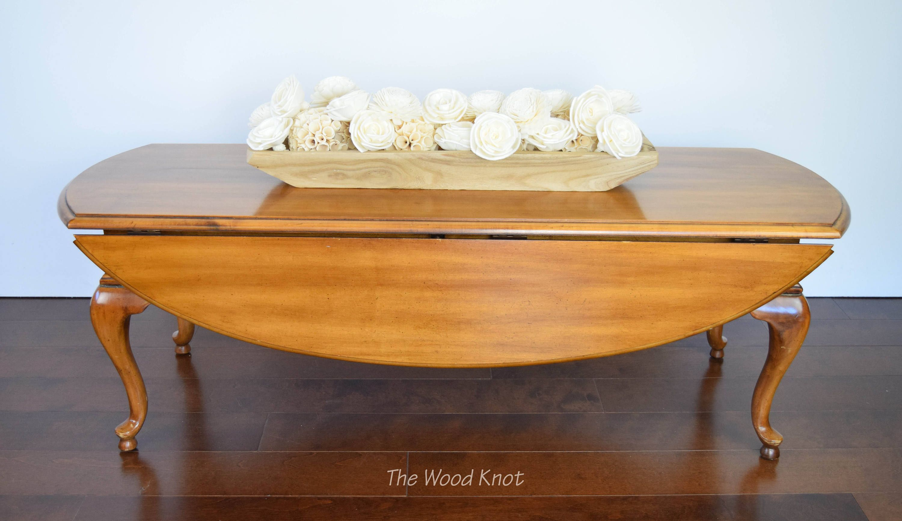 Wooden Queen Anne Oval Drop Leaf Coffee Table by