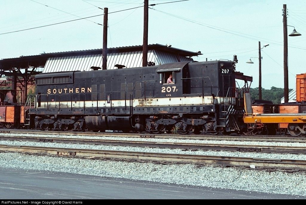 RailPictures.Net Photo: SR 207 Southern Railway EMD SD9 at Atlanta, Georgia by David Harris