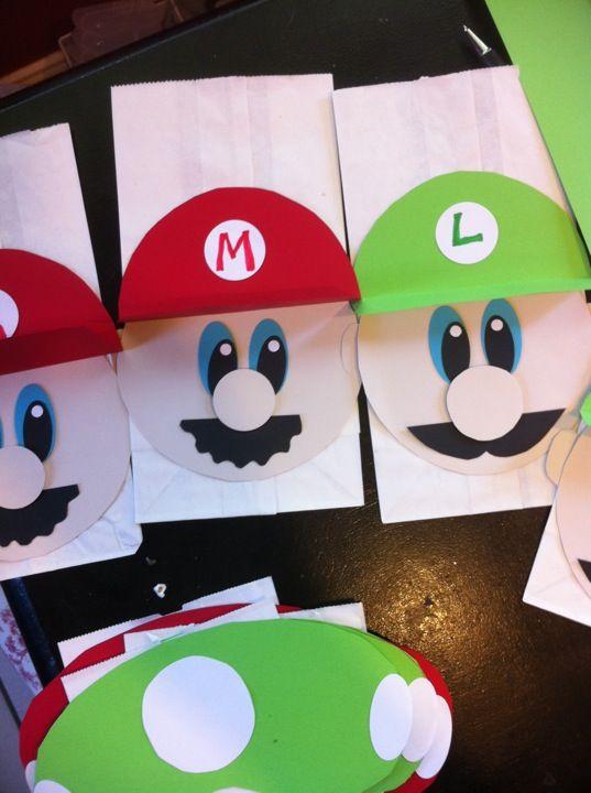 Super Mario Brothers Goodiebag Paper Craft