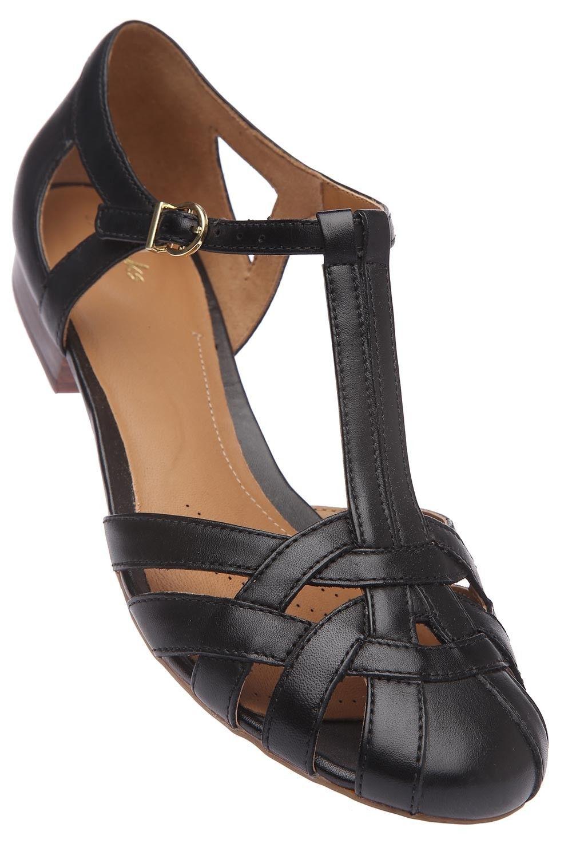 b6b6e36b0c04c CLARKS - Womens Black Toned Ankle Closure Flat Sandal