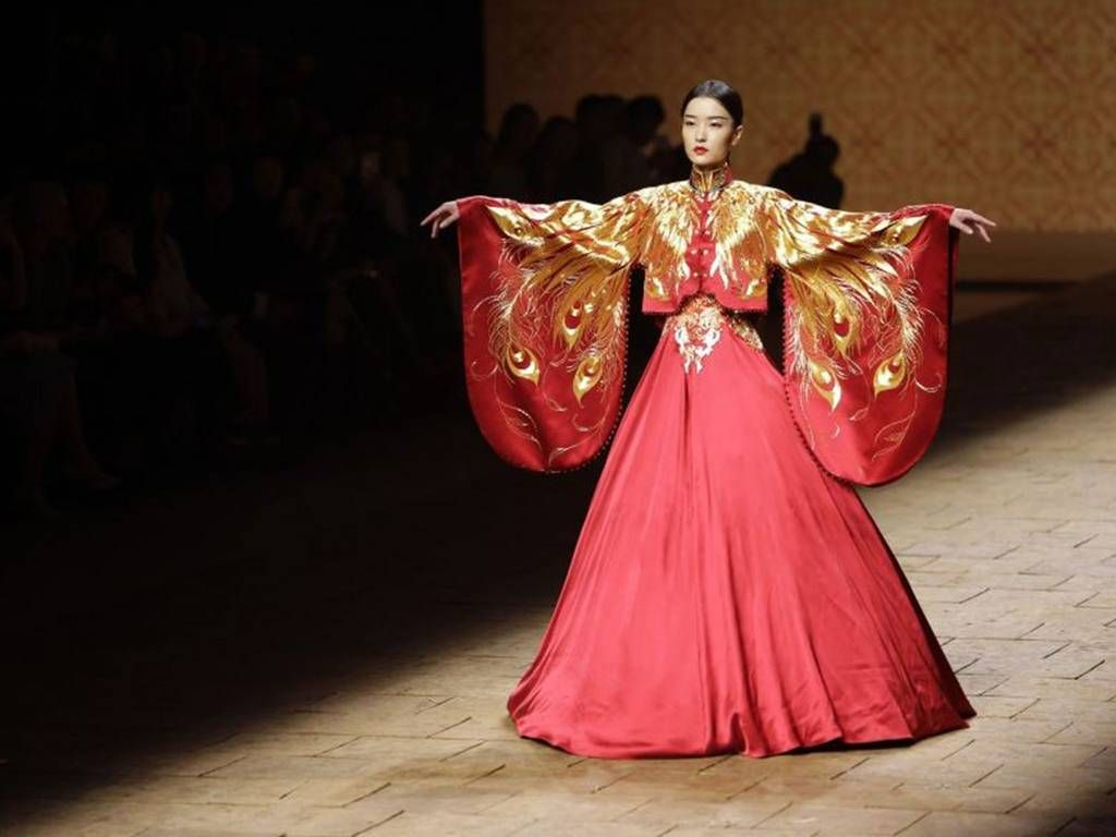 China Fashion Week: A spectacle of feathered eyelashes, opulent headpieces and haute couture creations - Features - Fashion - The Independent