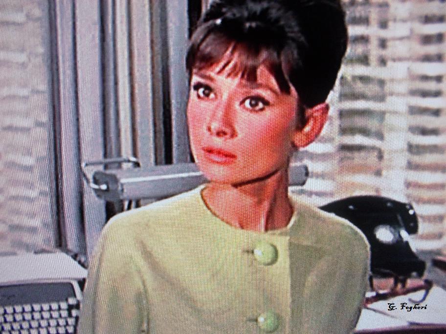 Audrey Hepburn nel film Gabrielle Simpson.