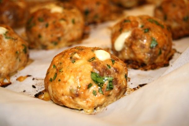 giada de laurentiis' spicy smoked mozzarella meatballs