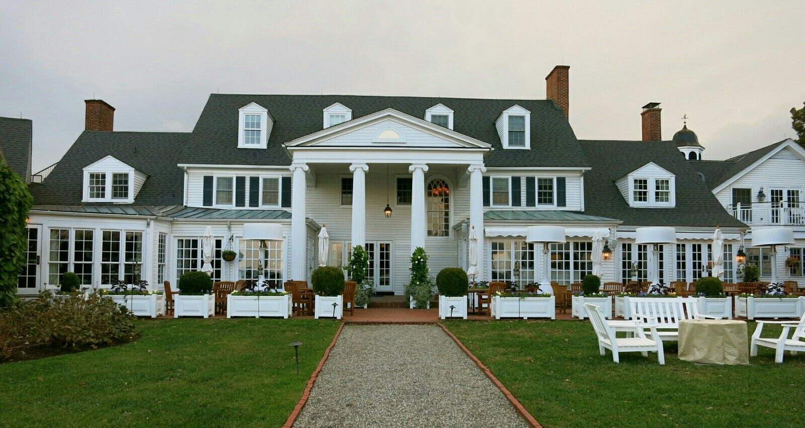 Used In Movie Wedding Crashers House Exterior House Styles Home Decor