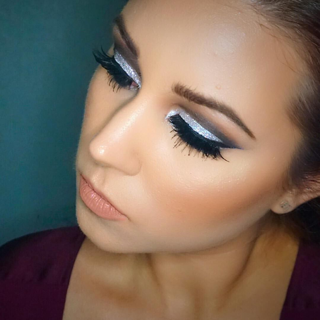 New Years Eve makeup. Cut crease