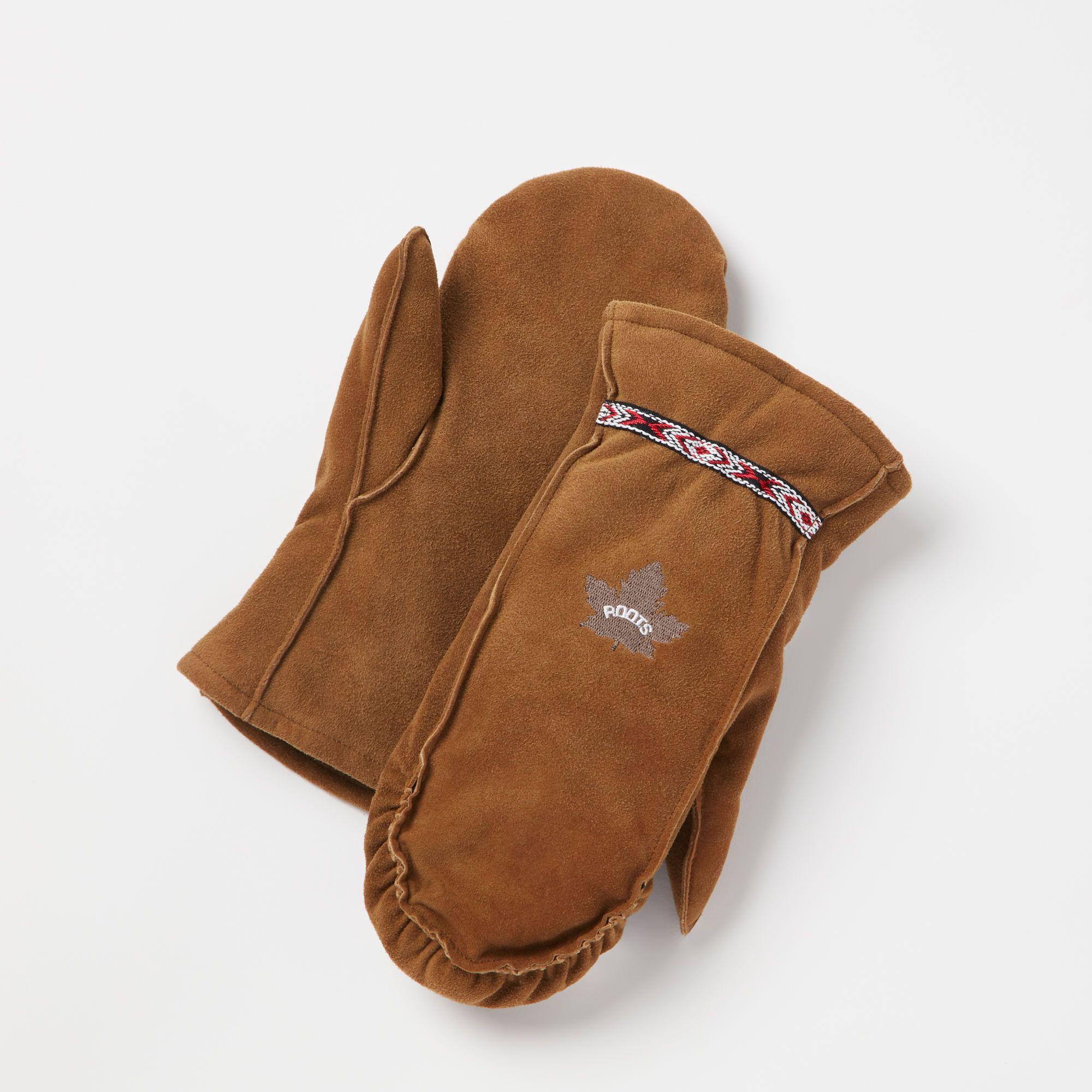 www.roots.com ca en moosonee-glove-mitt-14030499.html?cgid=womensGloves&start=7&selectedColor=Y24