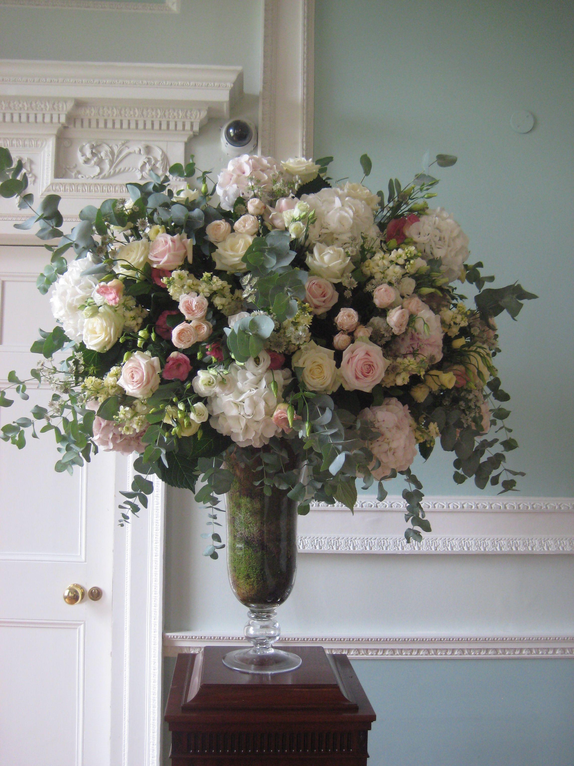 Wedding Florist London Wedding Flowers Amanda Austin Large Flower Arrangements Flower Bouquet Wedding Church Wedding Flowers