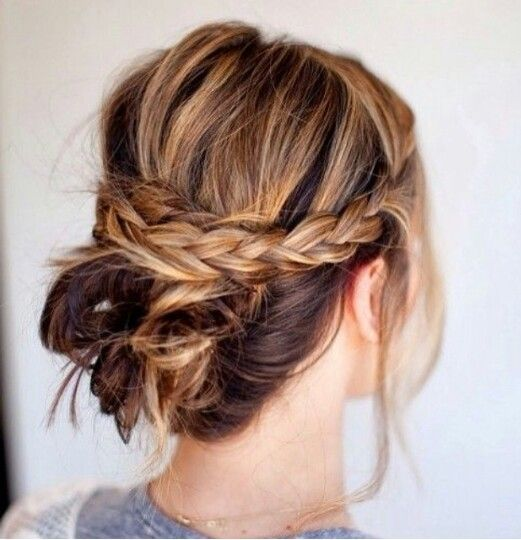 In love with this hairstyle.