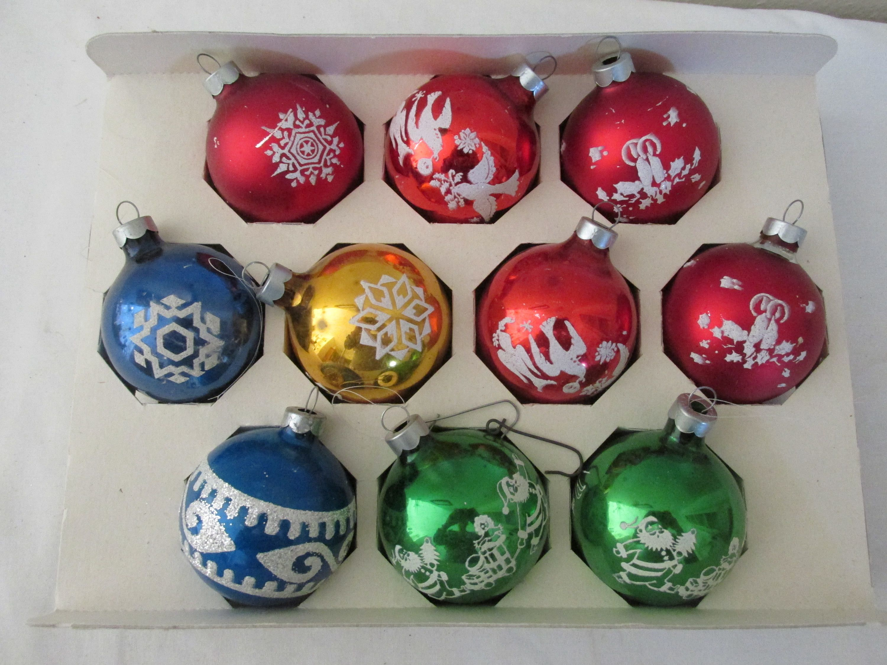 Glass Christmas Ornaments With Mica Set Of 10 Made In Usa By Luruuniques On Etsy Christmas Ornaments Glass Christmas Ornaments Christmas Bulbs