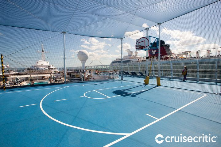 Basketball Court (With images) | Cruise cuba, Norwegian ...