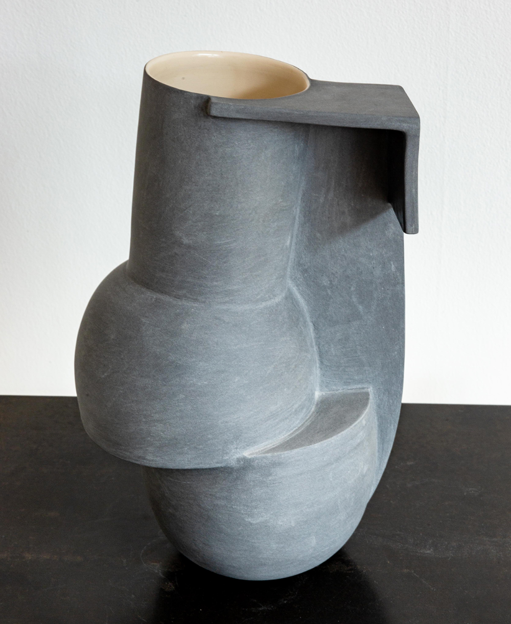 A London Exhibition Contrasts Jochen Holz S Blobby Glass Objects With Linear Ceramics By Derek Wilson Sight Unseen In 2020 Objects Exhibition Wirth