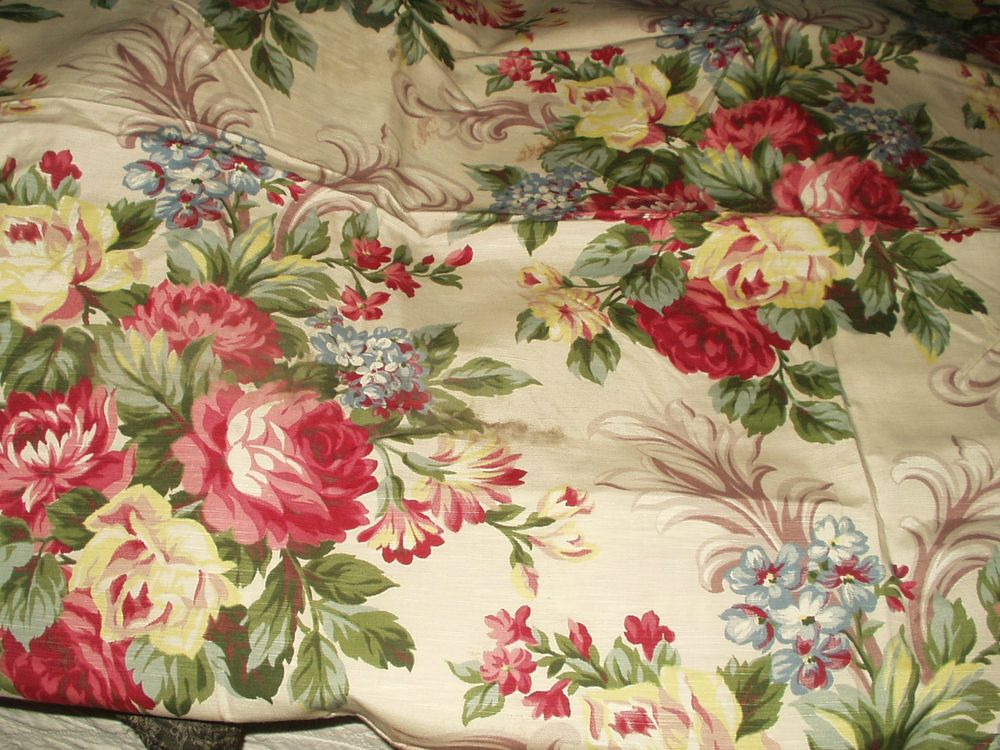 Pin Op Fabrics Antique And Vintage Cotton Silk Velvet Crepes Etc From Victorian Times To 1950 S