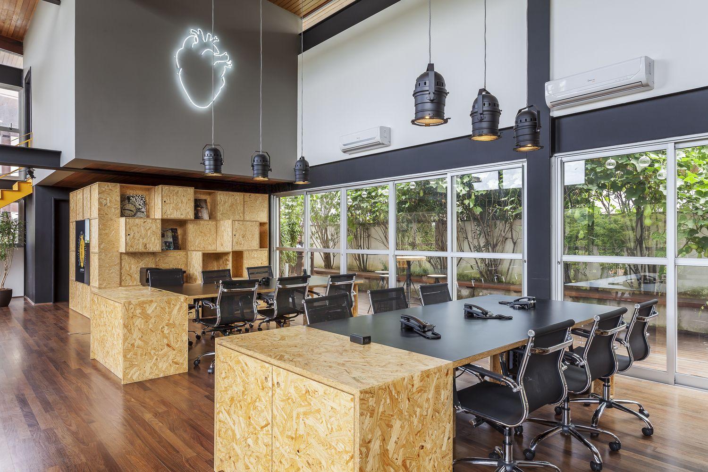 Innenarchitektur der home-lobby galeria de corazon filmes  fabio marins arquitetura   in