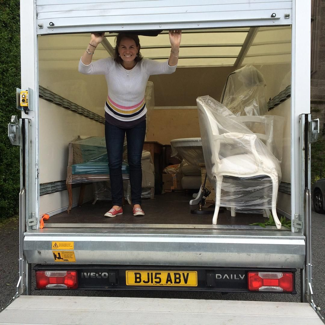 I made it!! I picked up this lorry in Central London yesterday morning, drove to Acton to collect all the hire furniture for the photoshoot happening this week..... And then drove to Scotland which is where the shoot is taking place! A big tick off the to do list.... Now the shoot preparation begins..... #photoshoot #behindthescenes #furniture #wallpaper #wallcoverings #homedecor #interiordesign #travel #work #scotland #london