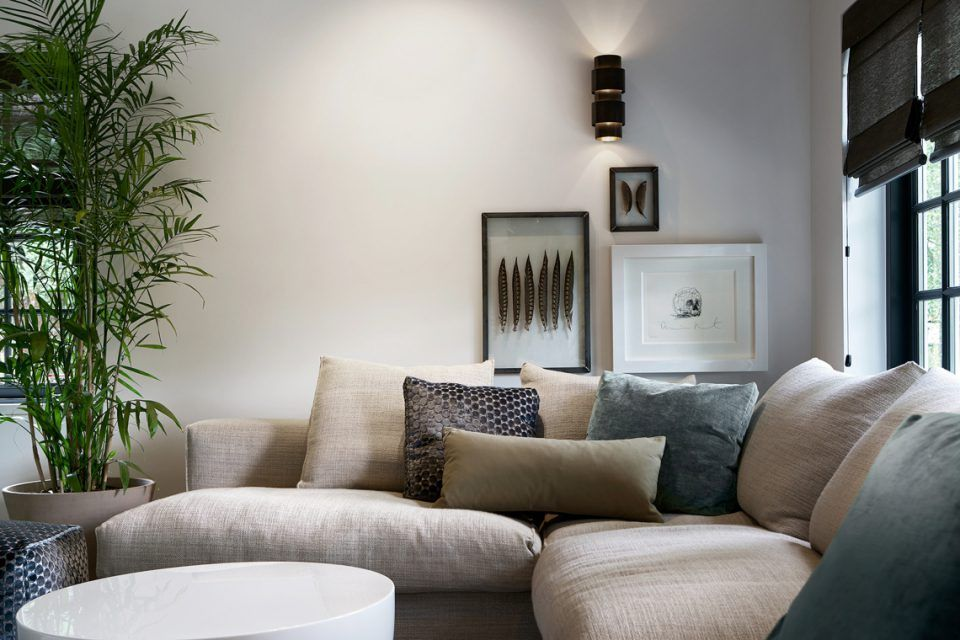 Luxe Woonkamer Inrichting : Luxe woonkamer inrichting met design bank living room ibiza
