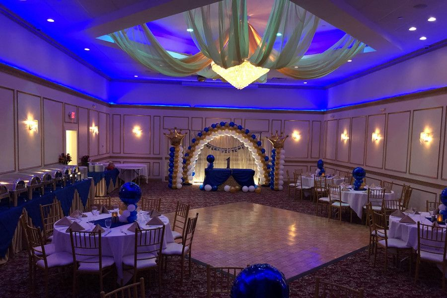 Best Indian Banquet Hall In Franklinpark Nj At Spicerack You Can Hire An Indian Banquet Hall Nearby Franklin Park Banquet Hall Amazing Weddings Banquet