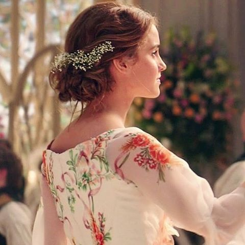 He Smiled Down At Her And She Felt The Now Familiar Warmth Of Love Shoot Through Her Whole Body S Belle Hairstyle Belle Beauty And The Beast Emma Watson Belle