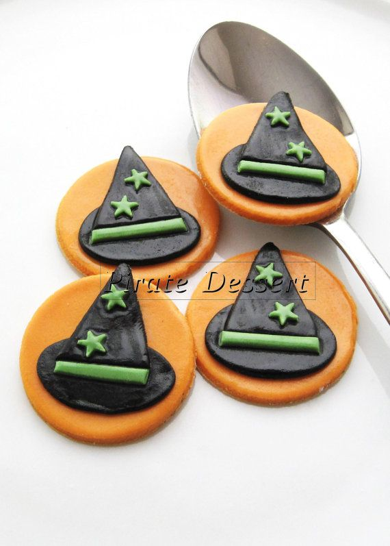 Edible Halloween cupcake toppers - Witches Hats - Fondant cake