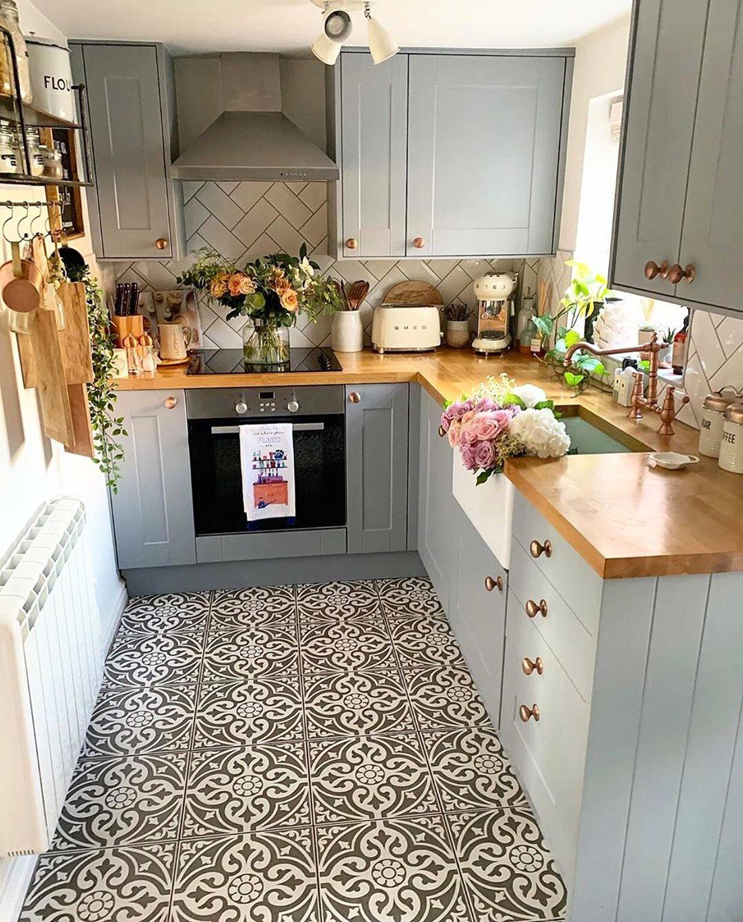 513 Vind Ik Leuks 4 Reacties Cozy Home Shots Cozyhomeshots Op Instagram Hello With Fres Kitchen Design Small Very Small Kitchen Design Kitchen Design