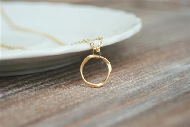 http://de.dawanda.com/product/69832499-kette-ring