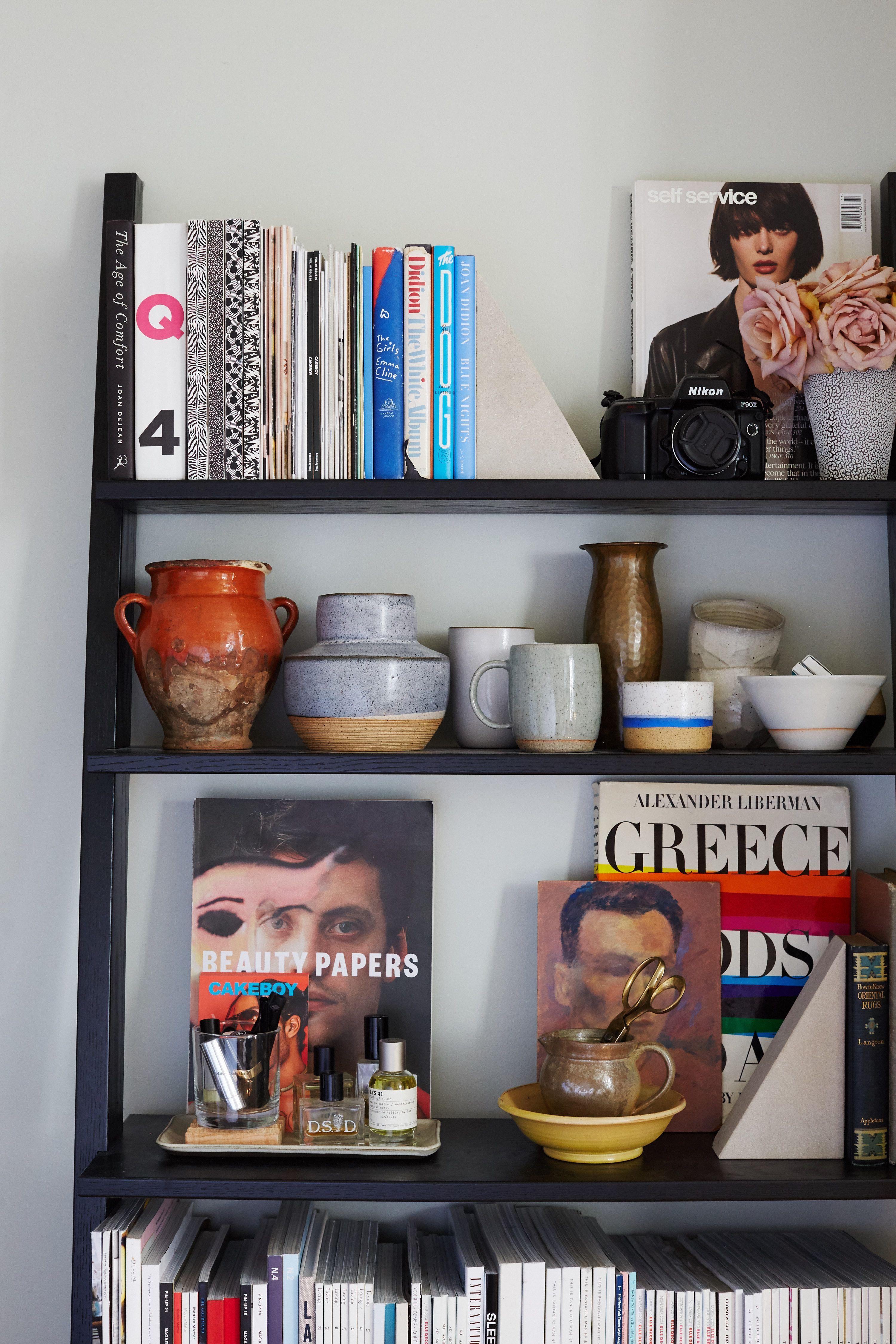 How To Make Your Tiny Bedroom Feel Like A Studio+#Refinery29