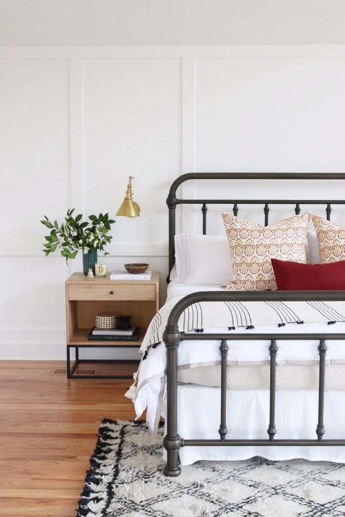 Paint Your Old Metal Bed Frames Black To Add Contrast To Your Room