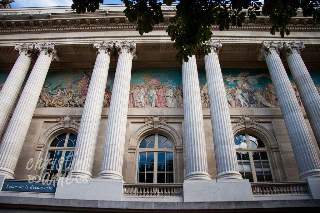 Palais De La Decouverte Science Museum Located In The Grand