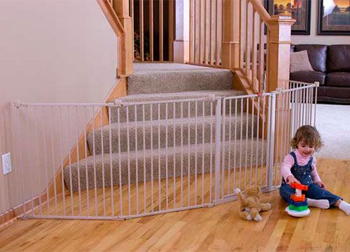 Regalo Play Yard Baby Gte Used At Bottom Of Stairs With Landing Baby Gates Large Baby Gate Adjustable Baby Gate