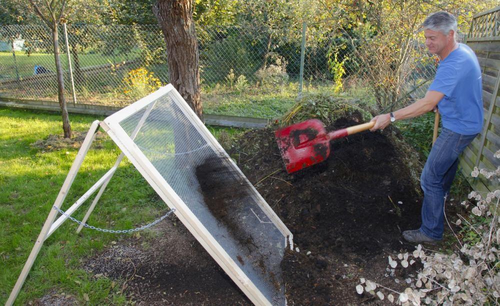 bauanleitung kompostsieb selbst bauen diy upcycling life hacks pinterest durchwurfsieb. Black Bedroom Furniture Sets. Home Design Ideas