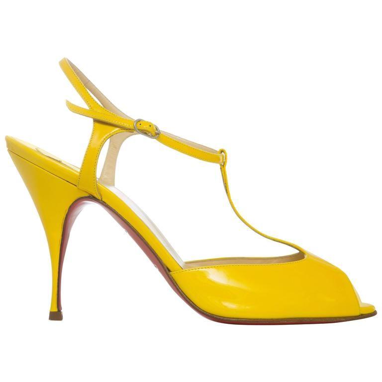 Christian Louboutin Slingbacks amarillo