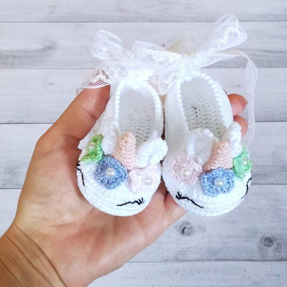 102cdd17e500c Mini unicorn Unicorn baby shoes Halloween shoes White baby booties Flower baby  shoes Baby booties Un