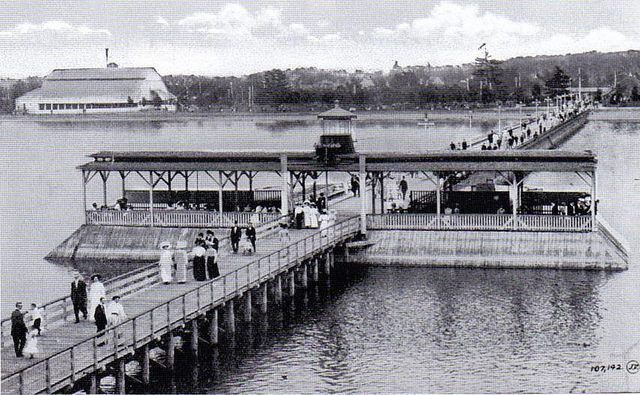 Really old Ottawa Britannia pier |