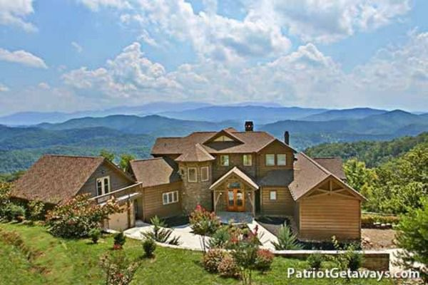 Brilliant Grande Mountain Lodge Luxury Plus 5 Bedroom Pigeon Forge Home Interior And Landscaping Pimpapssignezvosmurscom