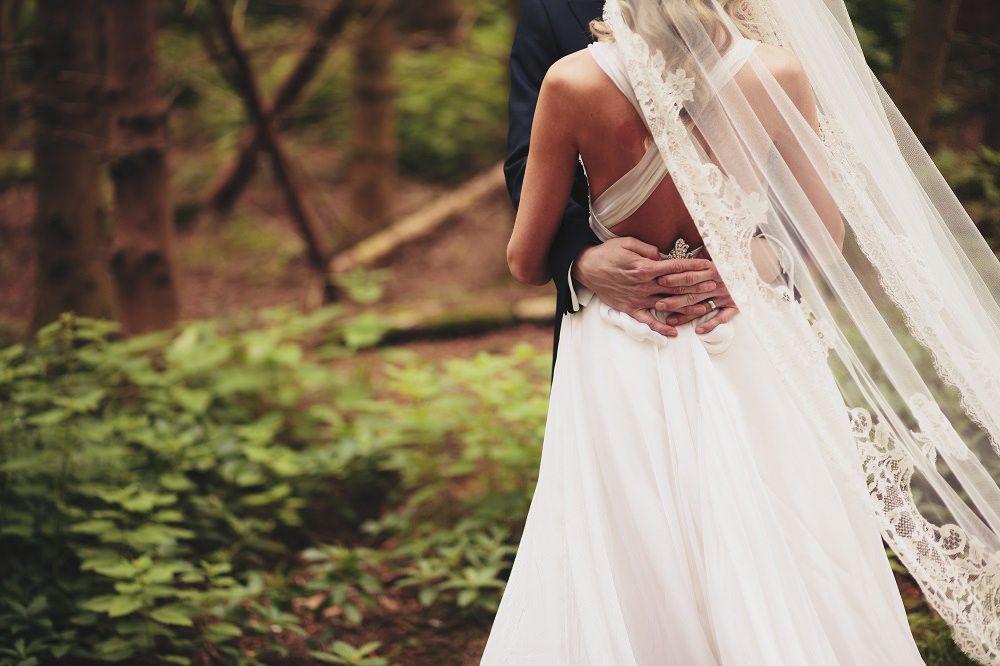 Image by Paul Fuller Photographer - Caroline Castigliano | Charlie Brear Veil | Classic White Wedding | Deep Red Colour Scheme | Monsoon Bridesmaids Dresses | Paul Fuller Photographer