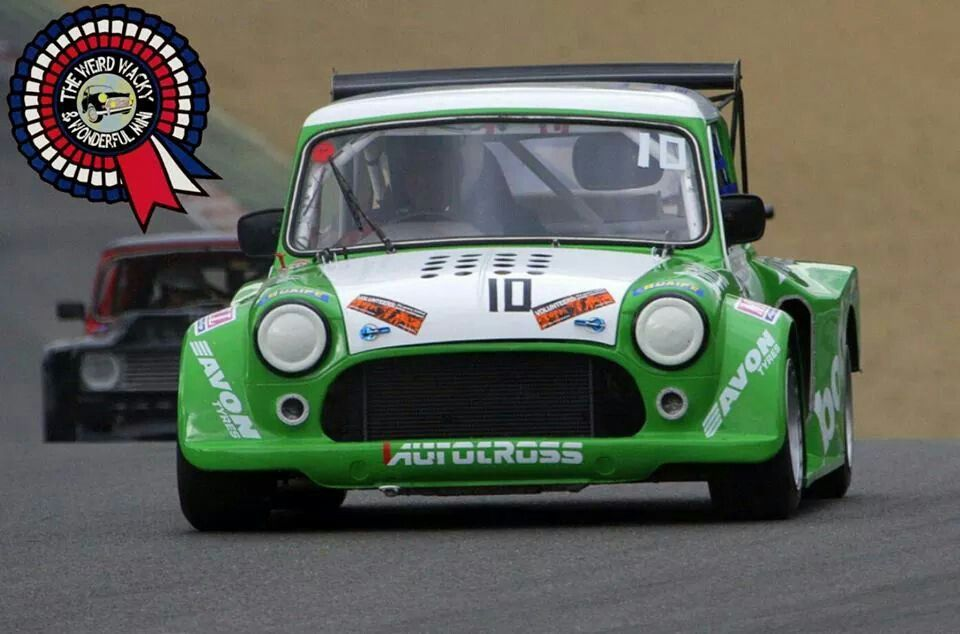 Wide Arched Wednesday Race Track Mini