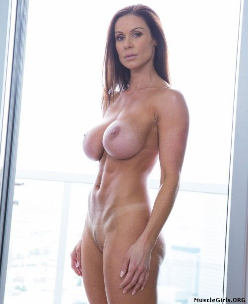 nude fitness female model