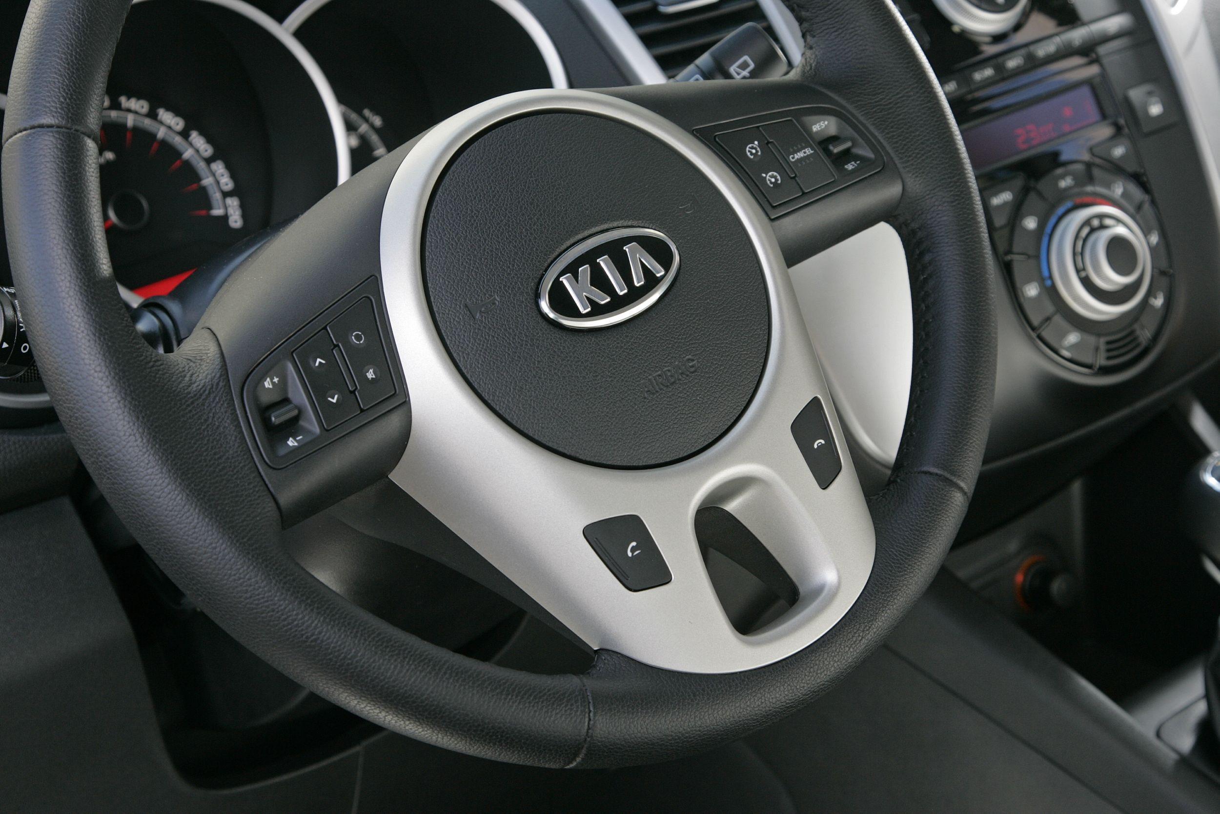 Interior Kia Venga (con imágenes) Modelos, Vehiculos