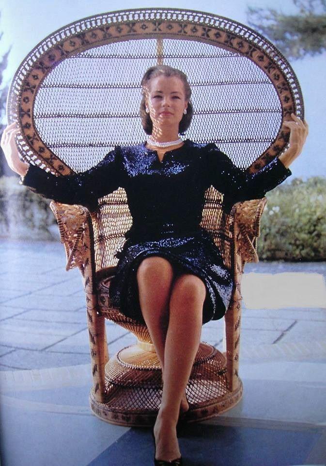 Romy Schneider - 1963 - en robe Chanel | Gorgeous Women | Pinterest