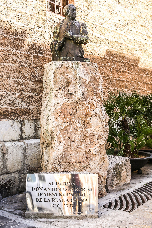 Antonio Barcelo Monument Palma Palma De Mallorca Majorca Mallorca Baleares Majorca Mallorca Monument Palm Mallorca Palma De Mallorca Monument