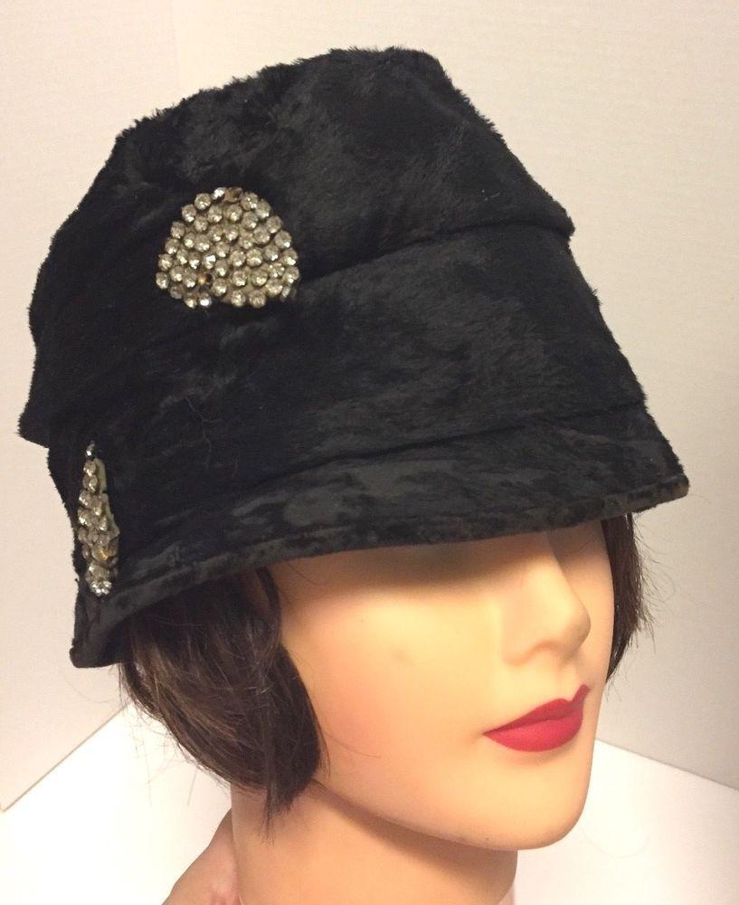90b688c17f754c Gorgeous Vintage Antique 1920s Black Velvet Fur Flapper Cloche Hat  w/Rhinestones