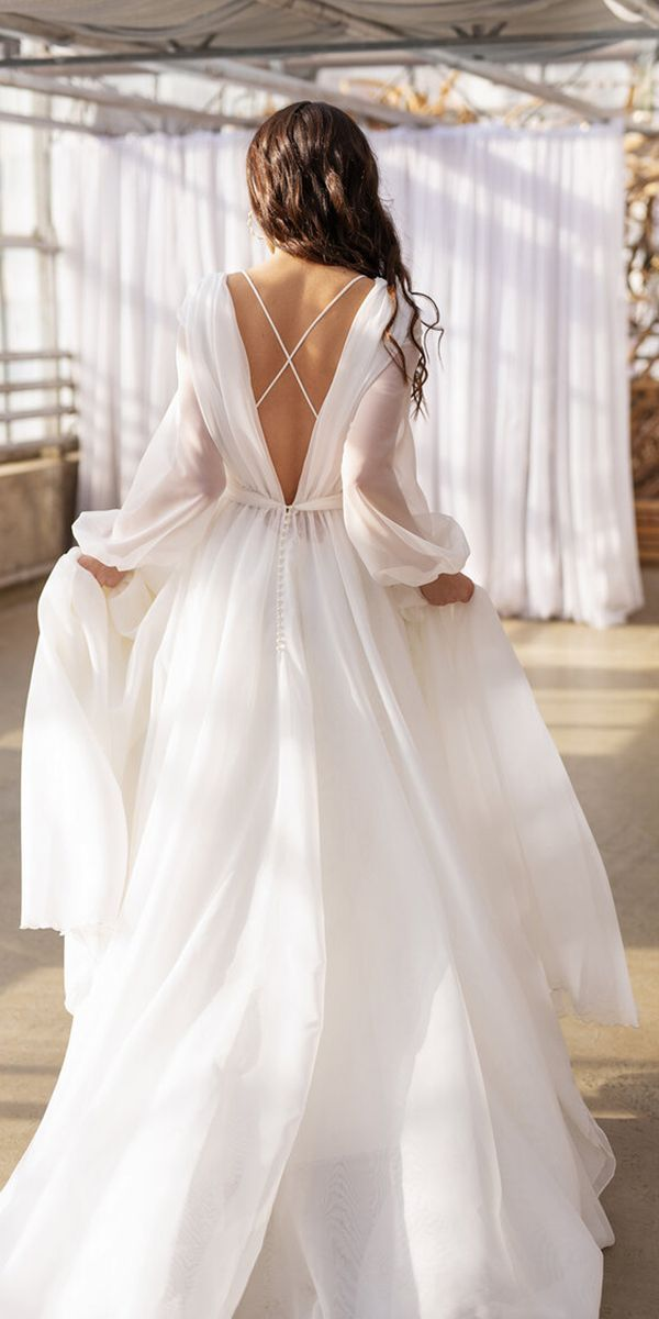 24 Romantic Bridal Gowns Perfect For Any Love Story | Wedding Dresses Guide